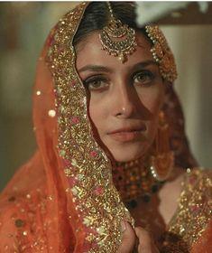 #AyezaKhan Bridal Mehndi Dresses, Pakistani Bridal Makeup, Pakistani Wedding Outfits, Nikkah Dress, Indian Bridal Outfits, Pakistani Wedding Dresses, Indian Designer Outfits, Punjabi Wedding, Indian Dresses