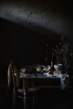 In Solopaca, a Story of Wine and Hope, and a 'Pancotto' with Rapini & Beans Recipe - Hortus Natural Cooking by Valentina Solfrini Dark Food Photography, Still Life Photography, Dark Pictures, Les Themes, Still Life Photos, Arte Popular, Chiaroscuro, Infused Water, Bean Recipes
