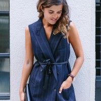 BEFORE AND AFTER: TURN A SUIT JACKET INTO A DRESS «  a pair & a spare