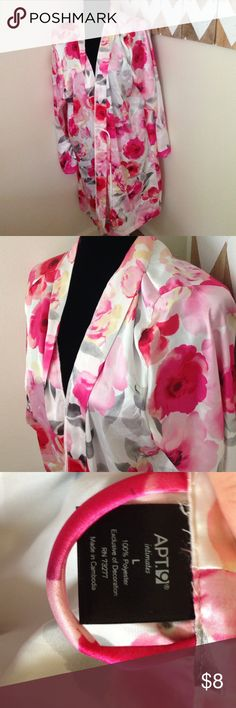 Apt. 9 Silky Robe size Large Great silky robe ✅ Making offers via offer button ✅ 20%+ bundle discount  Trades  Holds  no sales off of Posh Apt. 9 Intimates & Sleepwear Robes