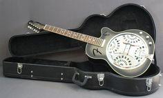 Fender Roosevelt Acoustic/Electric Cutaway Resonator Guitar w/used HSC