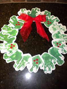 christmas-handprint-art