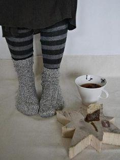 Cute way to shoot a mug!