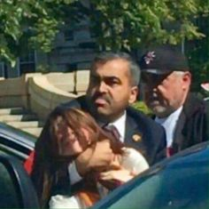 Look who this asshat of a president invited to the USA! This is a image of Erdogan's thug bodyguard, choking a female protester on US soil. Is Trump going to condemn this assault?