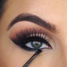 WOW! #EyelashExtensionsAftercare Eyeliner Make-up, Mascara, Eyeshadow Makeup, Eyeliner Ideas, Natural Eyeliner, Natural Makeup, Makeup Without Eyeliner, Makeup Eyebrows, Maybelline Makeup
