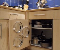 Haters of messy pan cupboards everywhere... rejoice! This quick cupboard door modification will leave you with more time to enjoy cooking dinner and sipping wine and less time searching for ...