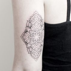 Intricate small mandala piece for Elaine based on one of her lovely drawings Looking forward to picking some competition winners later! ________________________________________ #rachainsworth #lagrainetattoo #mandalatattoo #ornamentaltattoo #armtattoo @rghtstuff