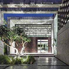 Savion, Israel designed by the top Pitsou Kedem Architect #pitsoukedemarchitect @pitsou_kedem_architect #inandoutecor More photos on the site: www.inandoutdecor.com.br
