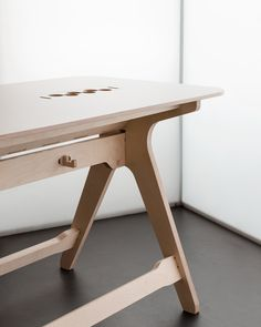 Breakout Table by Joni Steiner & Josh Worley for http://opendesk.cc