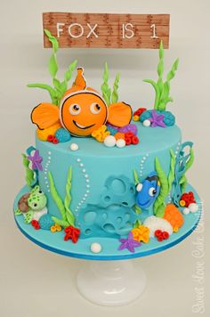 nemo cake, if I were really good at working with fondant