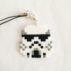 Star WArs Stormtrooper perler beads by pixel_empire Perler Bead Templates, Diy Perler Beads, Perler Bead Art, Pearler Beads, Fuse Beads, Melty Bead Patterns, Hama Beads Patterns, Beading Patterns, Pixel Beads