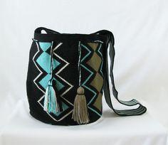 Wayuu Mochila bag - Large #Handmade #ShoulderBagMochila