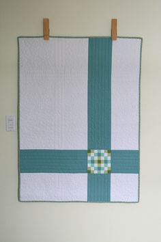Beautiful quilt (with a tiny, stunning patchwork mosaic) by Josée Carrier. Great idea for using up an orphan block from the same quilt Easy Quilts, Small Quilts, Mini Quilts, Children's Quilts, Backing A Quilt, Quilt Blocks, Quilting Projects, Quilting Designs, Quilting Ideas
