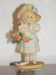 "Jan Hagara Porcelain Figurine ""MATTIE"" #1370 Collectors Club Edition   eBay"