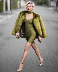MICAH GIANNELI - Wednesday olive slay ✨ Dress @hotmiamistyles // Faux fur coat @thpshop.co
