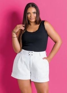 Short Feminino Plus Size Branco - Marguerite Petite Outfits, Curvy Outfits, Short Outfits, Fashion Outfits, Cute Outfits With Shorts, Cool Outfits, Curvy Fashion, Plus Size Fashion, Plus Size Dresses