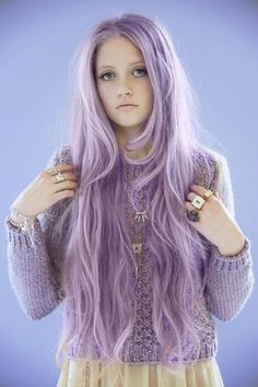 Lavender Light Purple Hair Chalk - Hair - hair chalk: Beautiful hair chalk by LoveBeauty Blonde Natural Hair, Natural Hair Styles, Short Hair Styles, Blonde Hair, Ash Blonde, My Hairstyle, Pretty Hairstyles, Black Hairstyles, Light Purple Hair