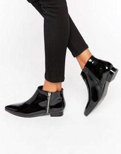 London Rebel Patent Point Flat Side Zip Boots