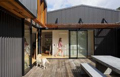 A modern beach house informed by an old shed | Habitusliving.com