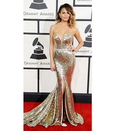 @Who What Wear - WHO: Chrissy Teigen WHAT: Supporting husband John Legend, nominee for Best R&B Album for Love in the Future. WEAR: Johanna Johnson gold strapless, deep v fully sequined gown; Kotur clutch.