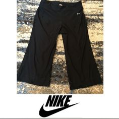 Nike Cropped Black Women's Athletic Pants Nike Cropped Black Women's Athletic Pants. 19 inch inseam. Excellent condition. Feel free to make an offer. Nike Pants Ankle & Cropped