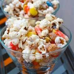 The Sweets Life: Monster Munch [White Chocolate Popcorn with Candy Corn, Peanuts, and M&Ms]