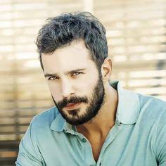 Handsome Celebrities, Boy Photography Poses, Ideal Man, Hot Actors, Pop Singers, Actor Model, Turkish Actors, Man Photo, Beard Styles