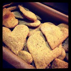 Hupsutteluja: N teki N-päivänä näkkäriä / Homemade rye crackers! French Toast, Bread, Homemade, Cookies, Breakfast, Desserts, Food, Crack Crackers, Brot