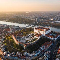 Bratislava Slovakia, Japan Garden, Beautiful Places To Travel, Eastern Europe, Hungary, 21st Century, Romania, Airplane View, Paris Skyline