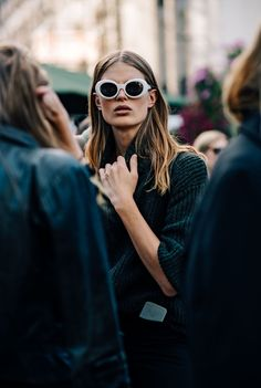 See all the best Stockholm fashion week street style. Vogue's street style photographer captures the fashion show attendees and the street style trends to watch at Stockholm Fashion Week. Street Look, Street Style Looks, Looks Style, Street Chic, My Style, Street Wear, Fast Fashion, Fashion Mode, Fashion Trends