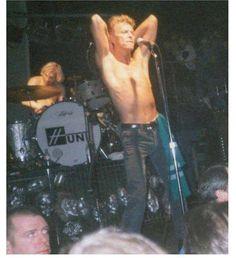 ⚡️✨Good Morning SOTD: Heaven's In Here Hope you all have a great day✨⚡️ #davidbowie #davidrobertjones #aladdinsane #starman #spaceboy #ziggystardust #themanwhofelltoearth #themanwhosoldtheworld #thinwhiteduke #majortom #halloweenjack #pierrot #jareth #thegoblinking #tinmachine #bowie #1990s