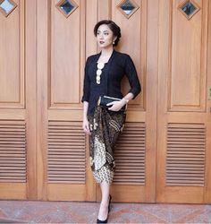 Image may contain: 1 person Kebaya Muslim, Kebaya Hijab, Batik Kebaya, Kebaya Dress, Batik Dress, Kimono, Kebaya Bali Modern, Model Kebaya Brokat Modern, Kebaya Modern Dress
