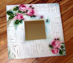 Diy Arts And Crafts, Diy Crafts, Decoupage Wood, Arte Country, Frame Crafts, Collage, Wood Art, Creations, Vintage Fashion
