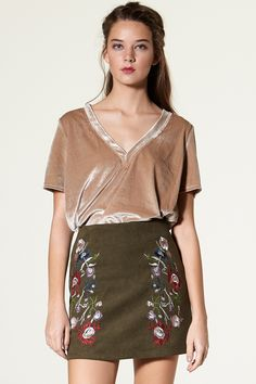 Fenea Flower Embroidery Mini Skirt Discover the latest fashion trends online at storets.com