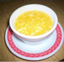 Super easy egg drop soup! oooh loooove egg drop soup!!