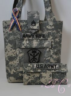 Army+Wife+Purse+&+Wallet+set+by+HomeFrontCouture+on+Etsy,+$60.00