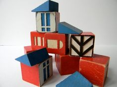 vintage blocks from etsy. Love all the shapes and lines and colours.