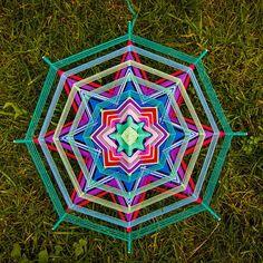 Mandala Ojo de Dios Star by BeHappyMandalaShop on Etsy