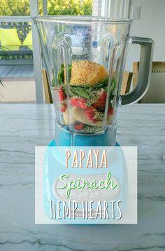 Healthy & Delicious Strawberry Papaya Smoothie - Made w/ Spinach, Frozen… Papaya Smoothie, Hemp Hearts, Frozen Strawberries, Healthy Eating Tips, Frozen Banana, Cool Diy Projects, Bananas, Spinach, Easy Diy
