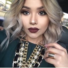 Dark lips fall look! Love it!