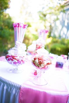 pink candy table  //  chelsea elizabeth photography