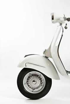 Products we like / Scooter / White / Vespa?/ Transportational / Vintage / at Ode to Things Scooters Vespa, Motos Vespa, Vespa Motorcycle, Motorcycle Touring, Motorbike Girl, Vespa Roller, Lambretta, Piaggio Vespa, Silver Blonde