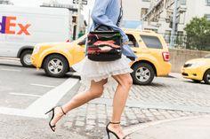 Pin for Later: It-Bags, Shoe Porn und all' die anderen coolen Accessoires der New York Fashion Week Accessoires Street Style bei der New York Fashion Week
