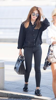 #apink, #eunji, #airport #fashion
