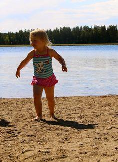 Vibeke: Var på badstranden =) Putte sprang hit =) Fick blo...