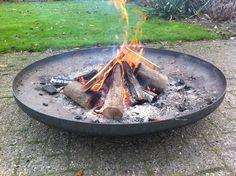 Deze geweldige vuurschaal van Dik Geurts is eenvoudig online te bestellen bij www.vuurkorfwinkel.nl en wordt uiteraard GRATIS thuisbezorgd.