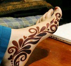 Arabian Mehndi Design, Khafif Mehndi Design, Mehndi Designs Feet, Stylish Mehndi Designs, Mehndi Design Pictures, Beautiful Henna Designs, Dulhan Mehndi Designs, Latest Mehndi Designs, Leg Mehndi