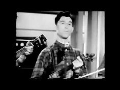 "Roy Acuff ""Wabash Cannonball"" 1940 - YouTube"