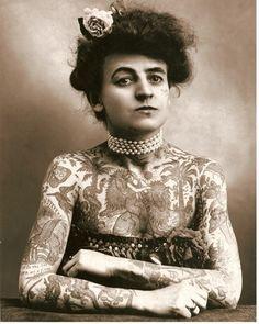 Maud Stevens Wagner, primera mujer artista tatuadora de EEUU. (principios siglo XX)