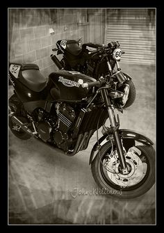 I think these bikes are great - definitely classics of the future! Triumph 900, Triumph Speed Triple, Triumph Motorcycles, Bmw R1100gs, T 300, Custom Street Bikes, Xjr, Racing Motorcycles, Cafe Racers